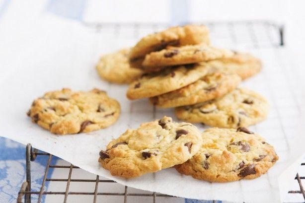 Dark choc-chip cookies main image