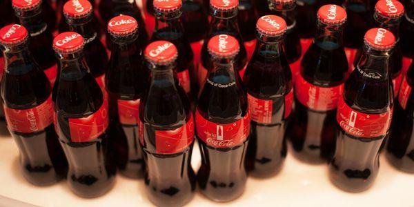 Hay indicios y evidencias más que suficientes para asegurar que estamos presenciando el ocaso de un gigante llamado Coca-Cola.