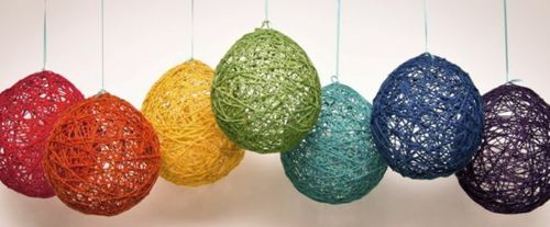 lights made from yarn and balloons