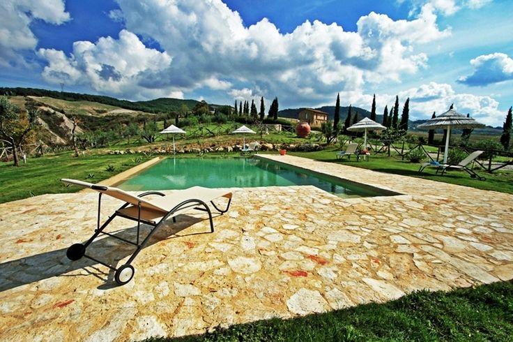 Villa Lacostia - Montaione - Florence  www.villasinmed.com