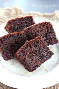 "Kue Sarang Semut – Caramel ""Ants Nest"" Cake"