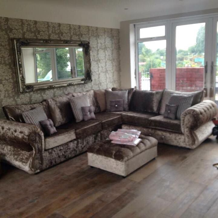 CORNER - £799 CHESTERFIELD CRUSHED VELVET 5 SEAT CORNER SET IN SILVER TRADITIONAL BUT MODERN ANY COLOUR AVAILABLE TO MATCH ANY LIVING ROOM OR DÉCOR. LUXURY COUCH CHEAP PRICE DESIGN SOFA