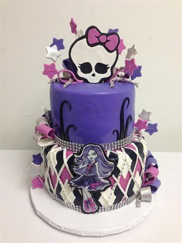 Jaymie would love this Monster High Cake  Mhres verrckte Torten  Pinterest  Torten Torten dekorieren und Backen