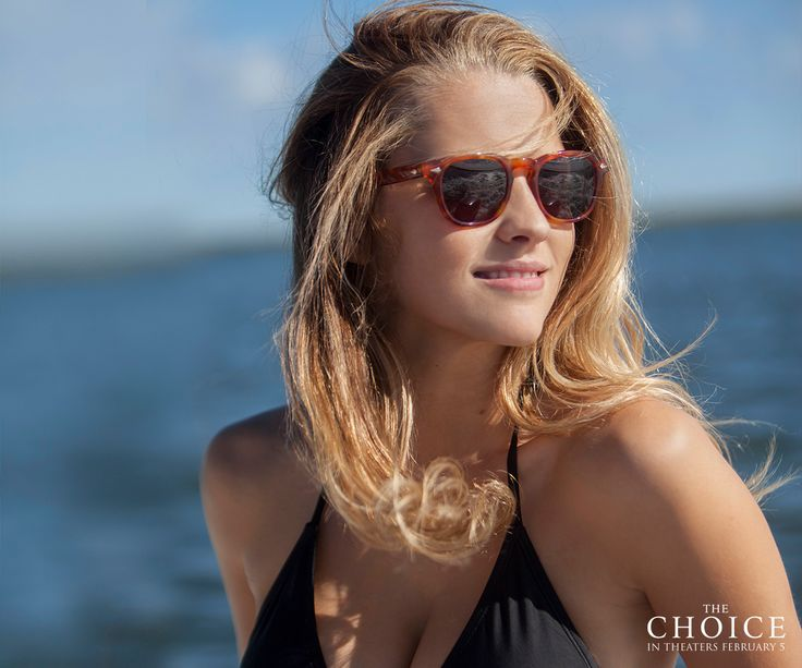 #ICYMI: Discover Teresa Palmer's favorite love songs! Follow #TheChoice on Spotify and share your own favorite love songs in the comments. spoti.fi/1jDqvZE
