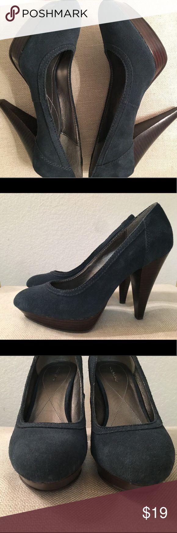 Calvin Klein blue suede platform pumps Calvin Klein blue suede platform pumps with chunky heel Calvin Klein Jeans Shoes Heels