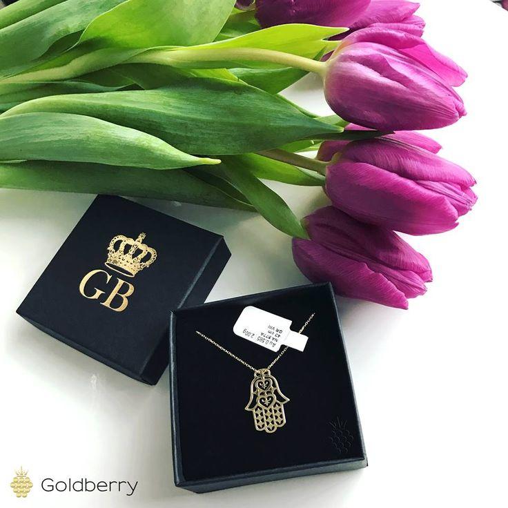 #Ręka #Fatimy #złoty #naszyjnik #goldberry #musthave #newstyle #fashion #polishgirl #hitsezonu #śliczna #polishdesign