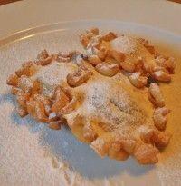 calzoncelli  Questa è la ricetta tradizionale di un dolce tipico dei Picentini, utilizzata ancora oggi in molte famiglie in occasione delle fe