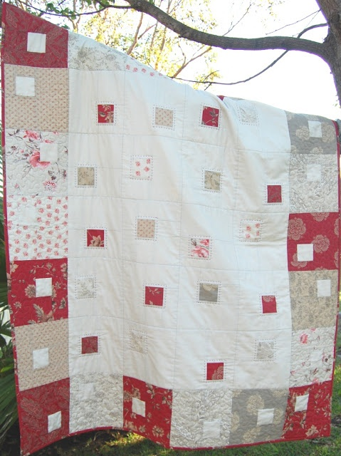 Square in a square quilt - download on site