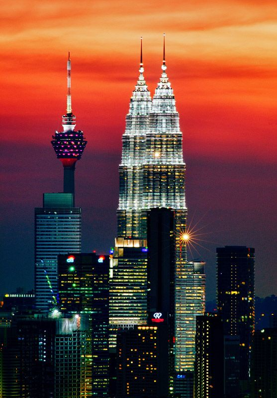Kuala Lumpur, Malaysia skyline:  Colourful dusk by Yaman Ibrahim