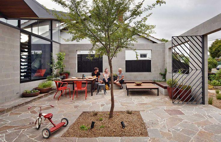 Melbourne home, Fairfield Hacienda by MRTN Architects | http://www.yellowtrace.com.au/australian-design-news-april-2014/