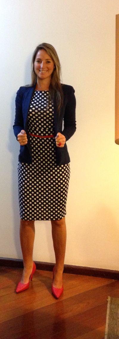 Look de trabalho - vestido poá - poá e vermelho - polka dots
