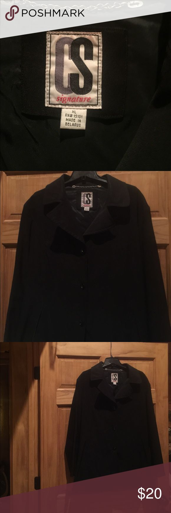 Black water resistant jacket Jacket is in very good condition can be worn with jeans or dress clothes. CS Jackets & Coats Trench Coats