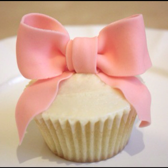 I love bows (baby showers!)