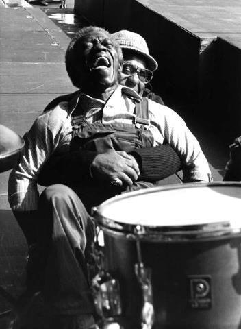 Art Blakey & Dizzy Gillespie. Proof that jazz need n`t ALWAYS be serious.