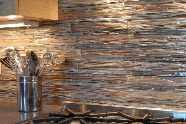 Textured Tile Backsplash 1 Reclaimed Wood Backsplash To Create Peaceful Rusti Colorful Kitchen Backsplash Unique Kitchen Backsplash Kitchen Tiles Backsplash