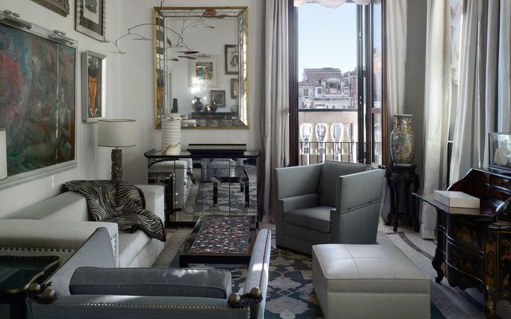 The Gritti Palace, Venice | As if the handblown chandeliers and Lorenzo Rubelli fabrics weren't enough, this 15th-century palazzo hotel offers one of Italy's top cooking classes.