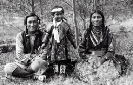 Explore a selection of ancestral stories and videos of Native American Indian ancestors.  Many stories of Native Americans also called First Nations, Indigenous Americans or American Indians are way too often left from our school history books. So many Native American Indian unsung heroes and heroines who contributed to the struggle for freedom.