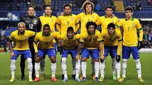#SoccerChat256 - #Brazil soccer team plane crashes   A plane carrying 81 people including a Brazilian football team has crashed on its approach to the city of Medellin in Colombia officials say.  Details are unclear but some reports say there are survivors.  The chartered plane flying from Bolivia was carrying members of the Chapecoense football team airport officials said.  The team was due to play in the final of the Copa Sudamericana against Medellin team Atletico Nacional.  The first leg…
