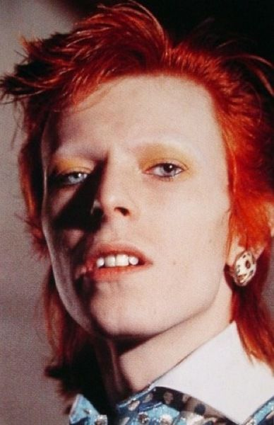 Bowie with his shaved eye brows Ziggy Stardust #celebrities, #pinsland, https://itunes.apple.com/us/app/id508760385