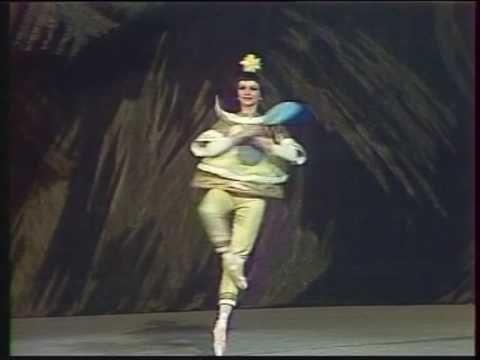 ▶ Casse-Noisette (Nutcracker) - Danse chinoise (Bolchoï / Bolshoi) - Tchaikovski - YouTube