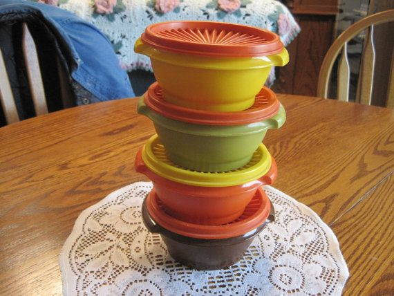 Four Servilier   Tupperware Bowls With Lids by NowandthenTreasures