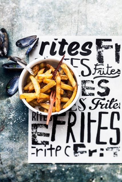 pommes frites frittes potatoes sticks food style urban look great unique font industrial feeling and emotion, sophie dupuis