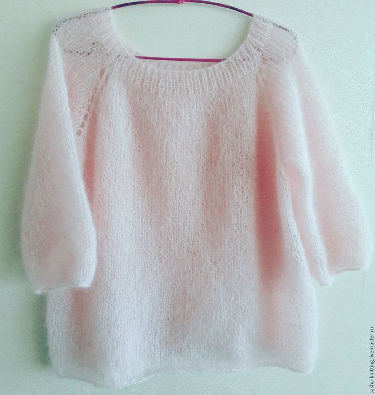 Пуловер из нежнейшего мохера на шелке. Нежный и пушистый пуловер с рукавом 3/4 из кид-мохера на шелке) Связан на спицах без шва, регланом сверху.