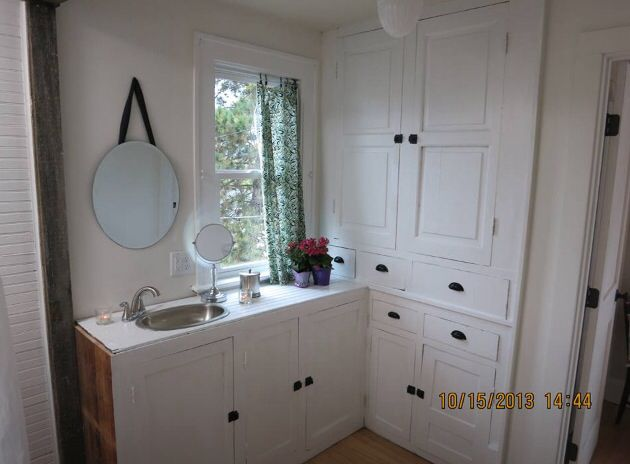Nice Nicole Curtis Used Old Butlers Pantry For Master Suite Bathroom