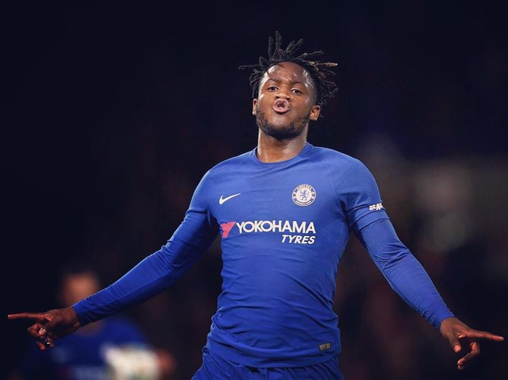 Michy Batshuayi bags a hat-trick as @chelseafc book their place in round four of the Carabao Cup . #cfc @mbatshuayi #PL