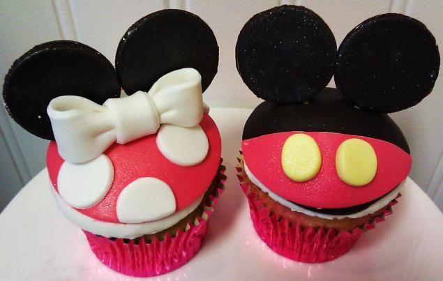 Cupcakes de Mickey y Minnie. | Ideas y material gratis para ...