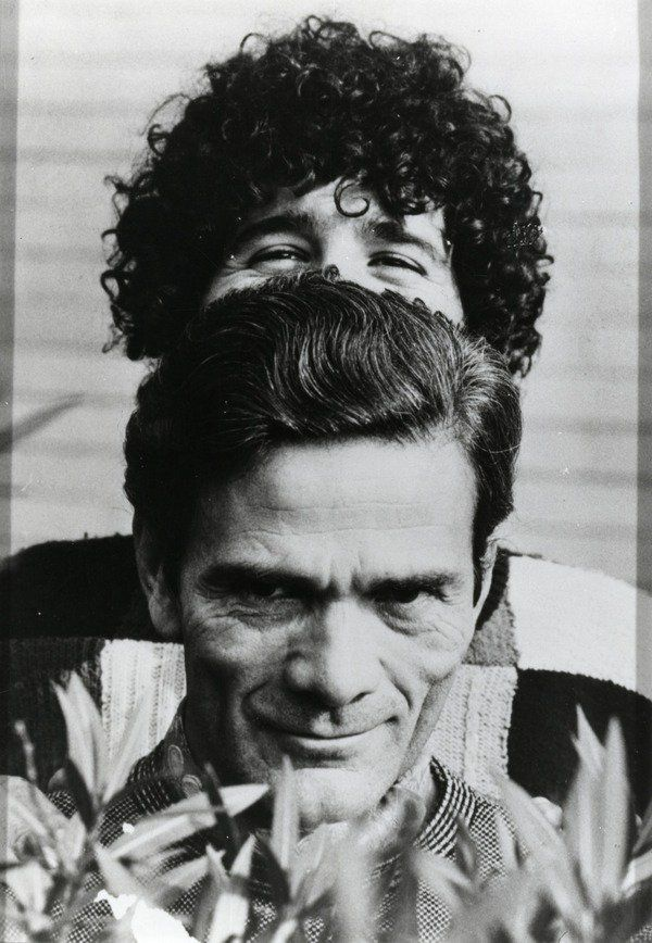Nearly 40 years after his death the question of who #Pasolini really was is being posed anew. The exhibition at Martin-Gropius-Bau Berlin is organized according to chronological, artistic and toponymic aspects. With the aid of multimedia the topoi of art, literature, architecture, film and life are brought together… http://www.undo.net/it/mostra/180717