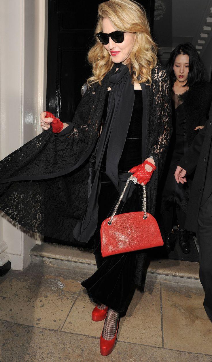 Black dress with red bag - Red Gloves Black Velvet Dressvelvet