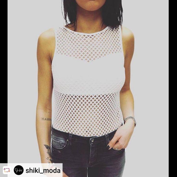 Bisogno di idee per iniziare con #stile la settimana?  Rendi unico il tuo #look e scegli nei nostri store il white #body SHIKI!
