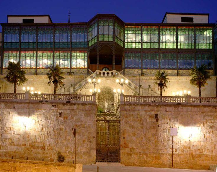 Salamanca La Casa Lis, que alberga el Museo de Art Nouveau y Art Decò