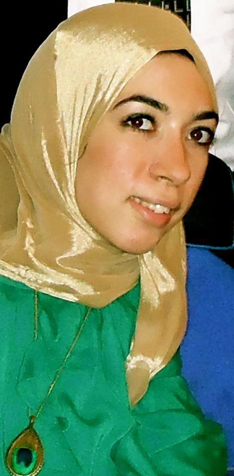 Yasmeen Shawy, Read the inspiring interview on Mosaic #muslimwomen #graphicdesigner #Egypt