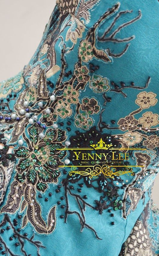 Hi ! I just realised I haven't share you the details of this greeny ball gown dress. So it's kinda previous collection to share. My apology. Anyway, ple... - Yenny Lee - Google+