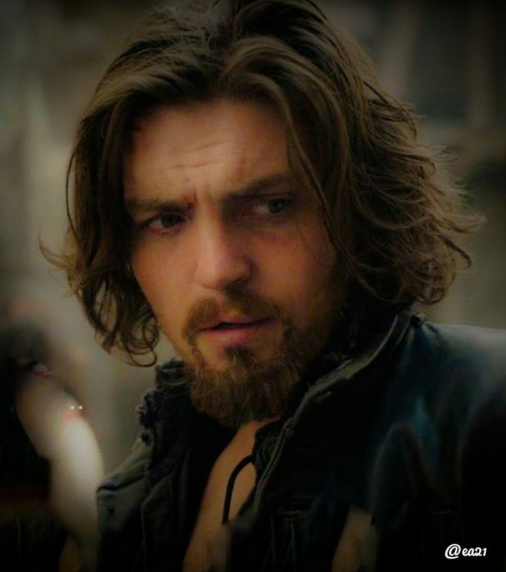 Tom Burke as Athos during filming of S3