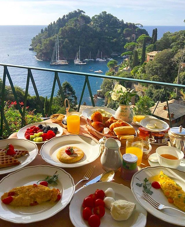 🇮🇹 #Buongiorno da #Portofino #Liguria 🇮🇹 Photo by: @badwar