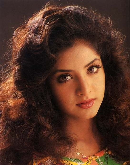 Divya Bharti (23).jpg (546×688)
