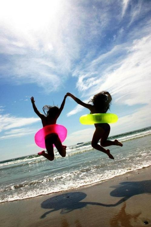 would make my summer to go to the beach with a best friend:)