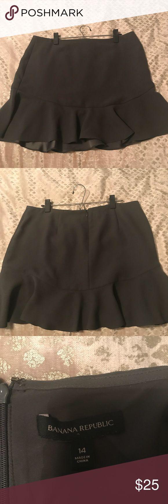 Banana Republic Olive Peplum Skirt Mid length Olive peplum skirt. Single zipper closure in back with hook and eye. Banana Republic Skirts Midi