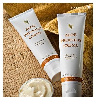 Un extra para la #piel. ¿Quién habría podido elaborar una loción humectante tan exclusiva como #AloePropolisCream? #ForeverLiving