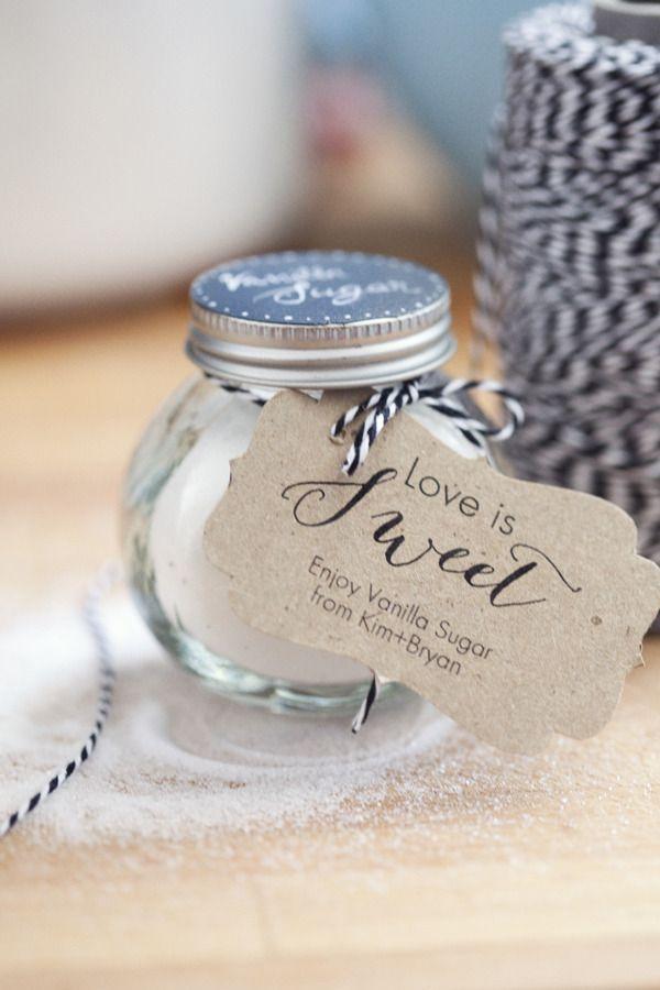 wedding favors ideas do it yourself%0A Unique Wedding favors and wedding ideas  WeddingFavors  Wedding Ideas