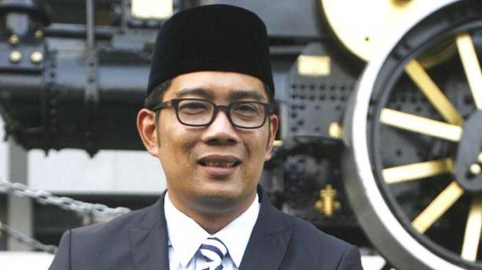 Hut Kemerdekaan RI - Heboh! Ridwan Kamil Terjatuh Dengan Kaki di Atas