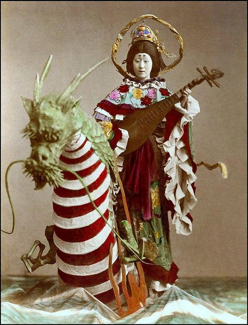 Costumed geisha in studio, late 19th century. Benzaiten is a female kami to Shinto with the name Ichikishima-hime-no-mikoto (市杵島姫命?).[1] Also, she is believed by Tendai Buddhism to be the essence of kami Ugajin, whose effigy she sometimes carries on her head together with a torii