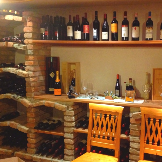 "Una ""gustosa"" cantina dei vini all @hotelmonteginer"