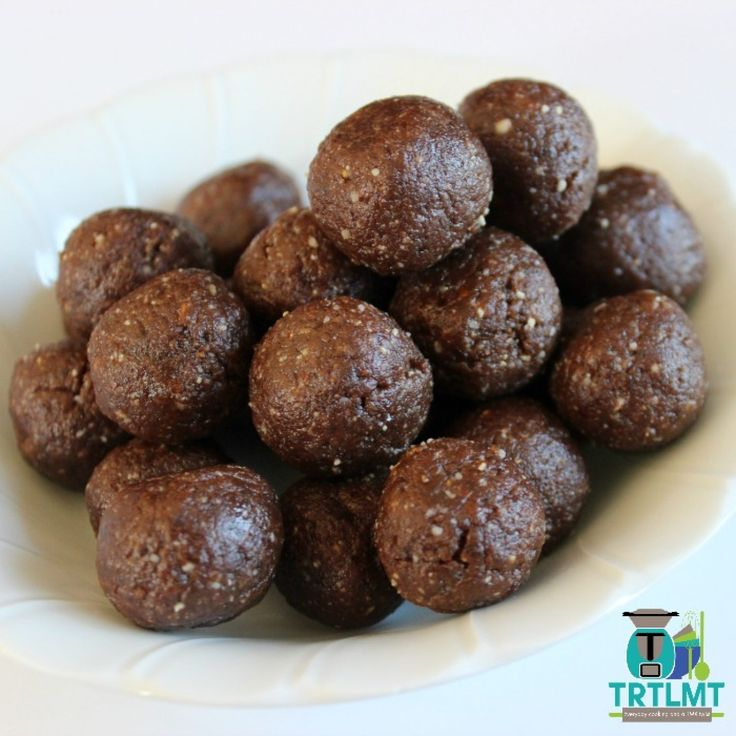 Join us This delicious recipe for Mini Chocolate Balls was originally featured in my 2016 Calendar. They have been