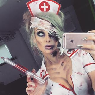 Fast Easy Zombie Nurse Online Link In Bio F0 9f 92 89 F0 9f A6 87 Trying To Mix It Up With The Looks Some Crazy Mask Making And Some No Prep Looks Like Th Clown Makeup In