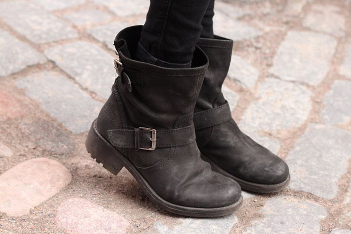 Perfect everyday winter boots. My winter staple.