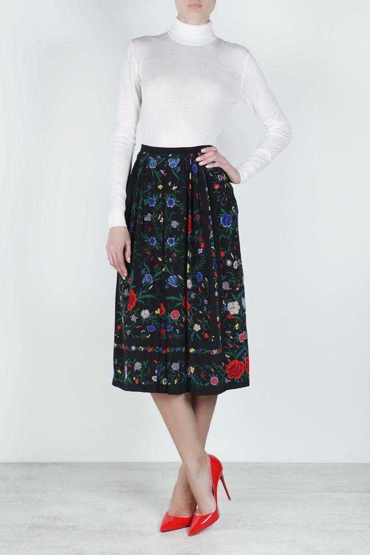 Шелковая юбка (80-е) Louis Feraud - <p>Винтажная юбка Louis Feraud актуальна и в наши дни, ведь цветы стали одним из главных трендов последних сезонов в интернет-магазине модной дизайнерской и брендовой одежды